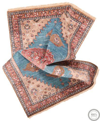 Shirvan design rug - 7'9 x 5'5