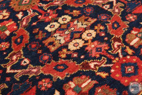 Persian Meshgabad runner rug red - Circa 1940 Close up