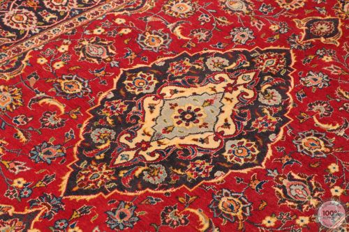 Persian Keshan / Kashan Rug - Bright Red / Dark Red