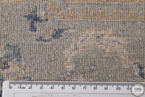 Fine Garous modern rug - 8'4 x 5'6