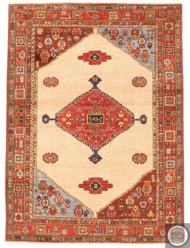 Shirvan design rug beige