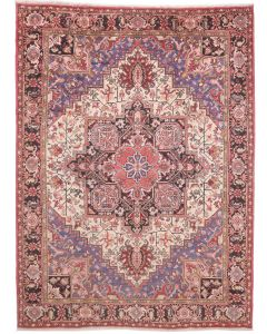 Persian Heriz Rug  - Red